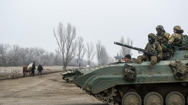 Ucrania denuncia diez bombardeos desde que entró en vigor el alto el fuego