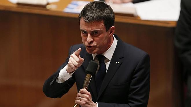 El Gobierno francés aprueba sin pasar por el Parlamento su ley liberalizadora