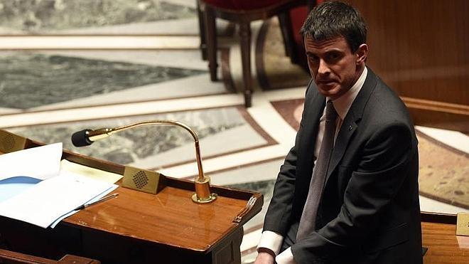 El Parlamento rechaza la moción de censura contra el Gobierno francés