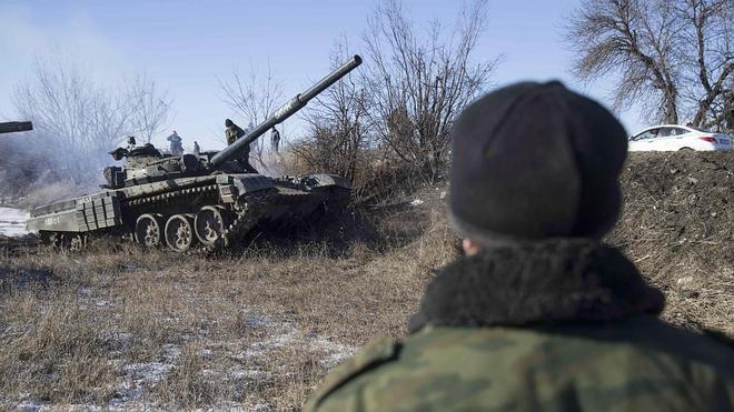 Los prorrusos atacan con morteros una localidad próxima a Mariupol