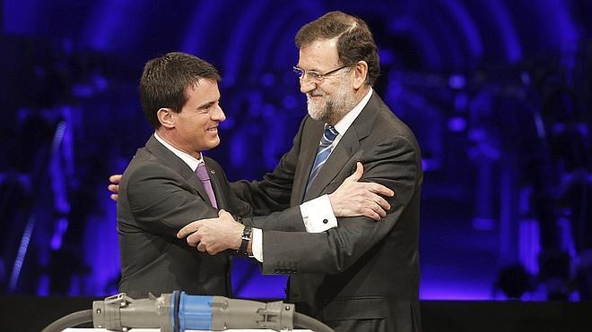 Rajoy y Valls inauguran la interconexión eléctrica entre España y Francia