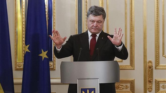 Poroshenko anuncia el comienzo de un proceso de reforma constitucional