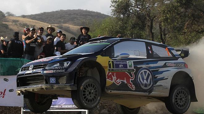 Ogier mantiene en México el pleno de victorias en 2015