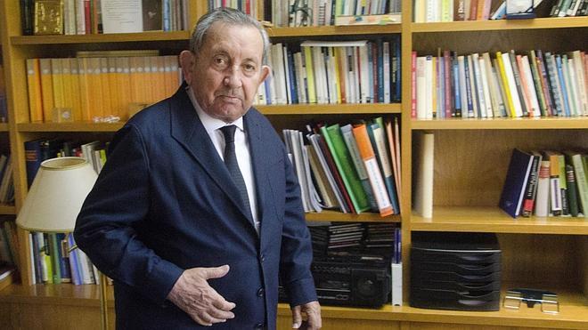 Muere a los 89 años el jesuita José María Martín Patino