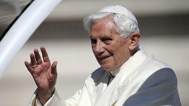 Benedicto XVI cumple 88 años