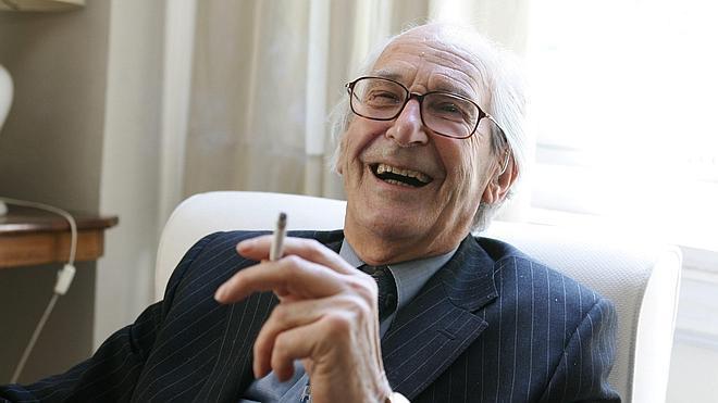 Raymond Carr, maestro de hispanistas, muere a los 96 años