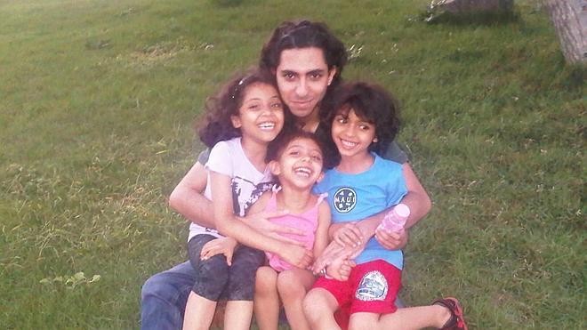 Arabia Saudí desoye las peticiones de libertad para el bloguero Raif Badawi