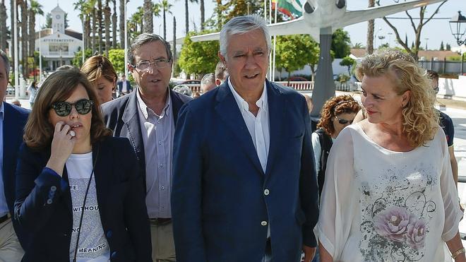 Saenz de Santamaría garantiza «una investigación exhaustiva y rigurosa» del accidente del Airbus