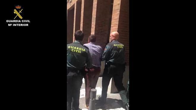Detenidos por vender por 17.000 euros a una niña de once años