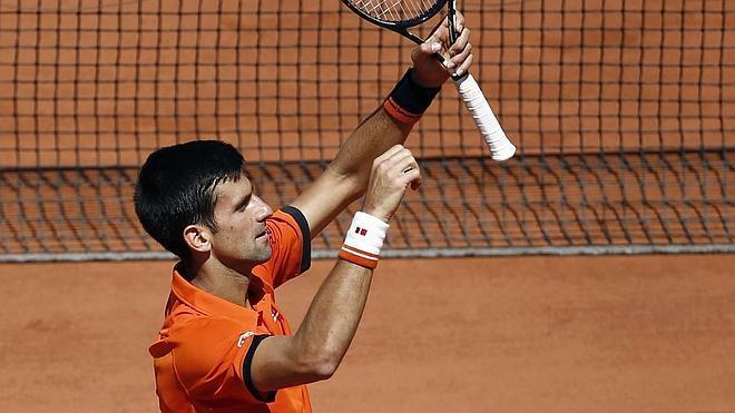 Djokovic supera a Murray y jugará contra Wawrinka la final en París