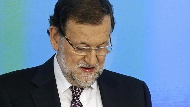 Rajoy presentará los Presupuestos de 2016 y no descarta nuevas rebajas de impuestos
