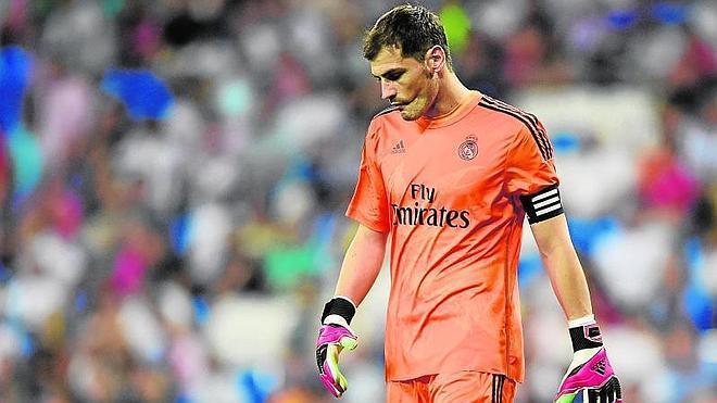 Casillas, salida en falso al mercado