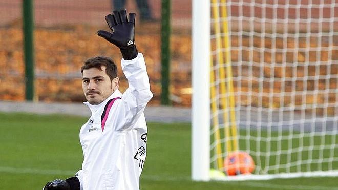 Iker Casillas abandona Valdebebas tras llegar a un acuerdo