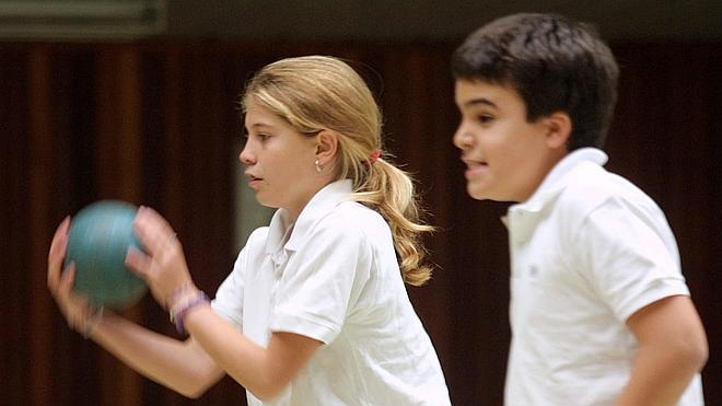 ¿Cómo combatir el olor corporal en los niños?