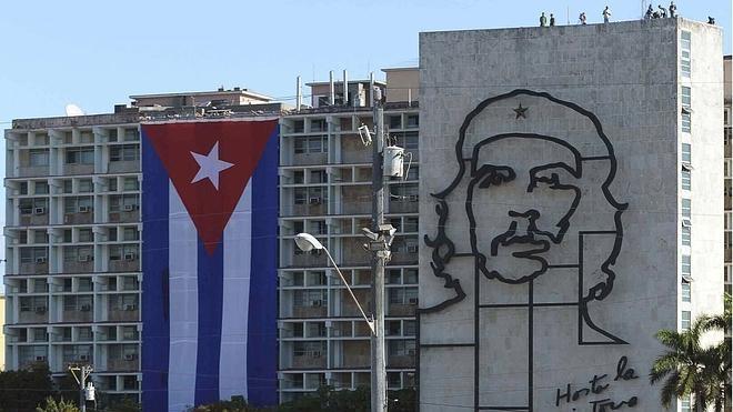 El Papa tendrá al Che Guevara a su izquierda en la misa de La Habana