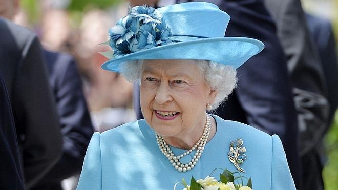 El Estado Islámico planea atentar contra Isabel II
