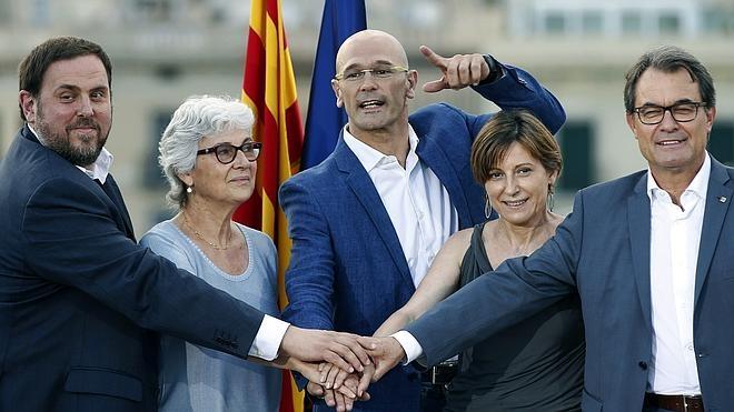 ERC comprende que Romeva está «centrado» en la independencia y no en defender a Mas