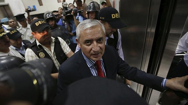 La justicia guatemalteca decreta prisión provisional para Pérez Molina