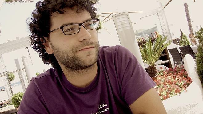 Miguel Ángel González gana el Café Gijón por 'Todos los miedos'