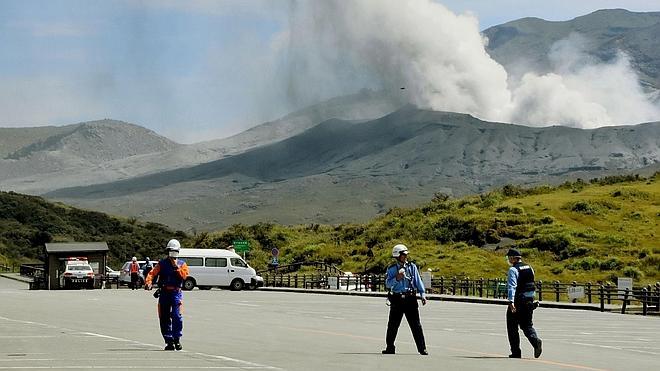 Entra en erupción el monte Aso, uno de los mayores volcanes de Japón