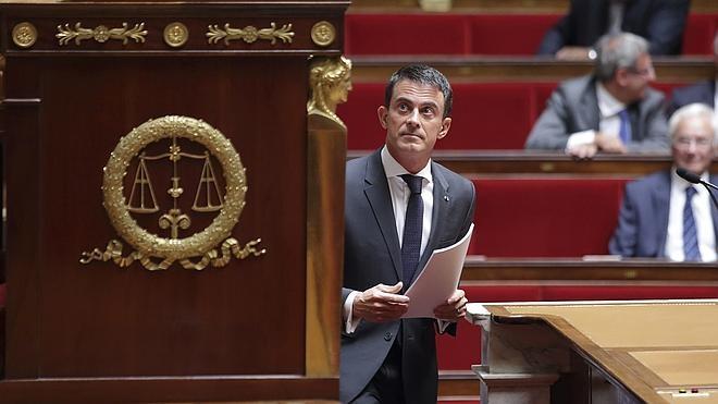 Francia apoyaría una intervención terrestre en Siria para combatir al EI