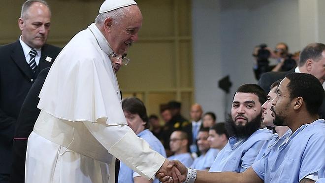 El Papa se reúne en Filadelfia con víctimas de sacerdotes pedófilos