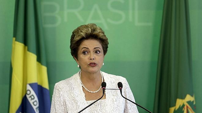 Dilma Rousseff renueva su gabinete para facilitar la gobernabilidad