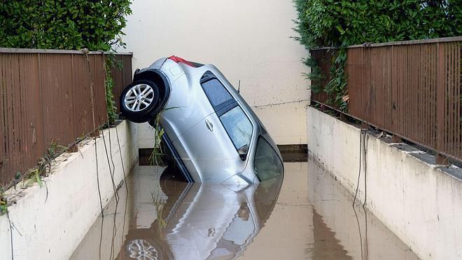 17 muertos y cuatro desaparecidos en Francia por las inundaciones