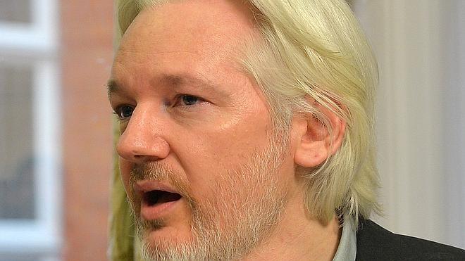 Ecuador denuncia que Reino Unido se niega a que Assange reciba atención médica fuera de la Embajada