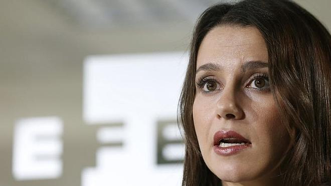 La oposición, a Mas: «Usted no puede ser el próximo presidente»
