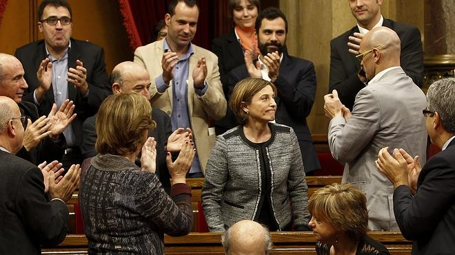 La mitad del grupo de Catalunya Sí que es Pot sorprende y vota a favor de Forcadell