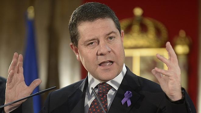 Page reclama a cien ex altos cargos de Cospedal que devuelvan sus smartphones, ordenadores y tabletas