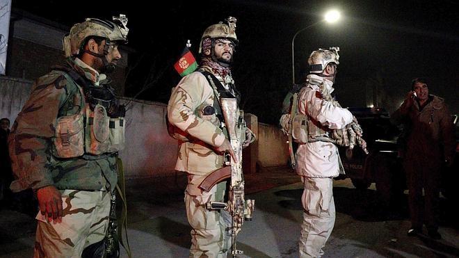 Los gobiernos del PSOE y del PP desoyeron los avisos sobre el peligro de la embajada de Kabul