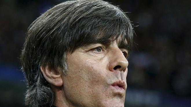 Löw cree que sus jugadores estarán marcados «mucho tiempo» por los atentados de París