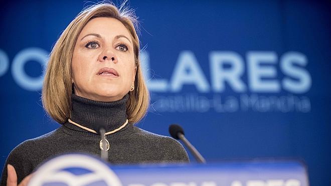 Cospedal avisa al PSOE de que no puede jugar con la unidad por los intereses propios