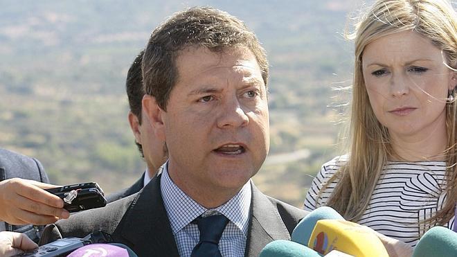 Page comparte el «desconcierto» de Vara por la cesión de senadores del PSOE