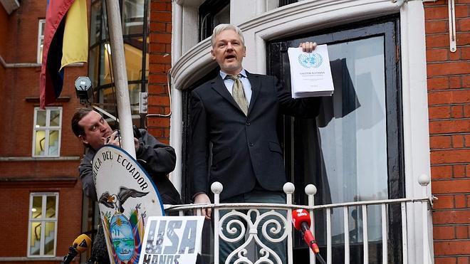 Reino Unido rechaza el dictamen de la ONU e impide que Assange salga de la embajada ecuatoriana
