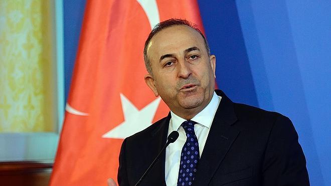 Turquía y Arabia Saudí se plantean una operación terrestre en Siria