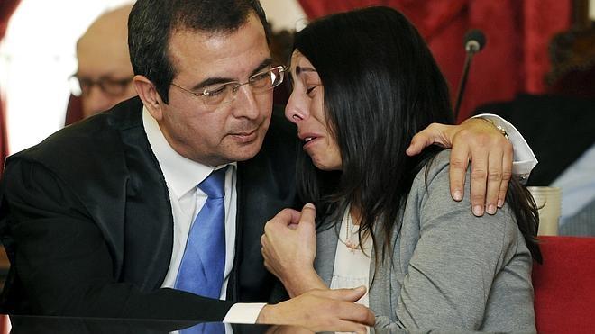Montserrat, Triana y Raquel, culpables del asesinato de Isabel Carrasco