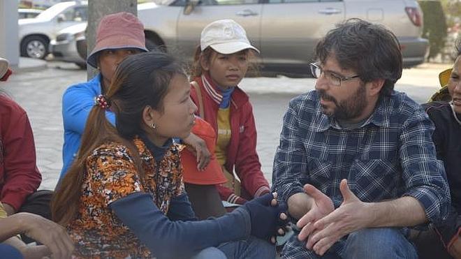 Évole se cuela en las fábricas textiles de Camboya con éxito para LaSexta