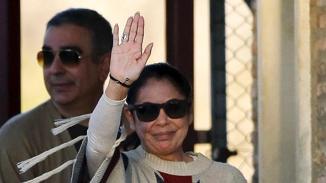 Isabel Pantoja sale definitivamente de prisión tras firmar la libertad condicional
