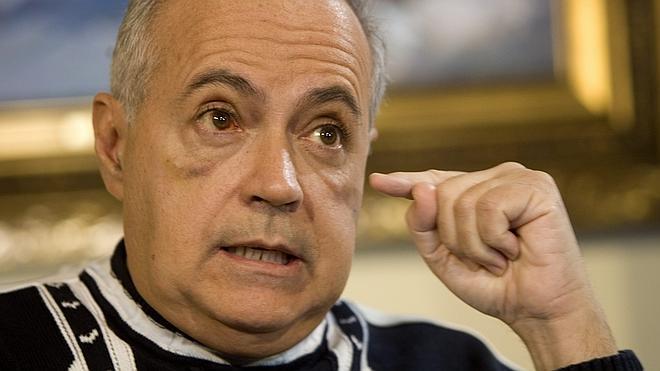 Dos encapuchados roban en el domicilio de José Luis Moreno