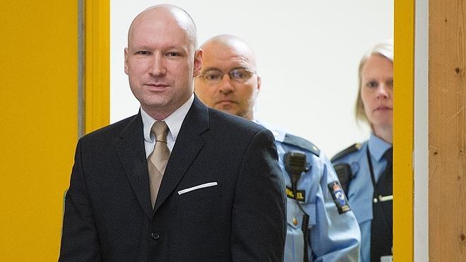 Breivik gana la demanda contra Noruega por trato «inhumano»