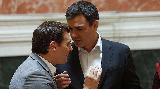 Sánchez descarta apoyar un Gobierno de «tecnócratas»