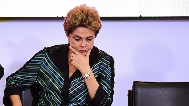 La Fiscalía pide investigar a Rousseff por obstrucción a la Justicia