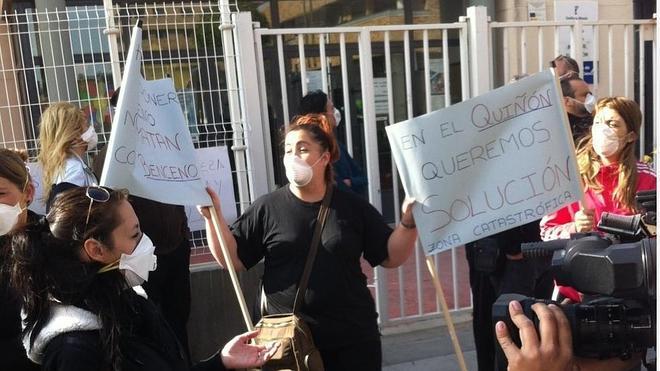 Los vecinos de Seseña se manifiestan por el cementerio de neumáticos al grito de «Nos quieren matar»