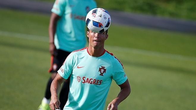 Cristiano Ronaldo y Pepe ya están con Portugal