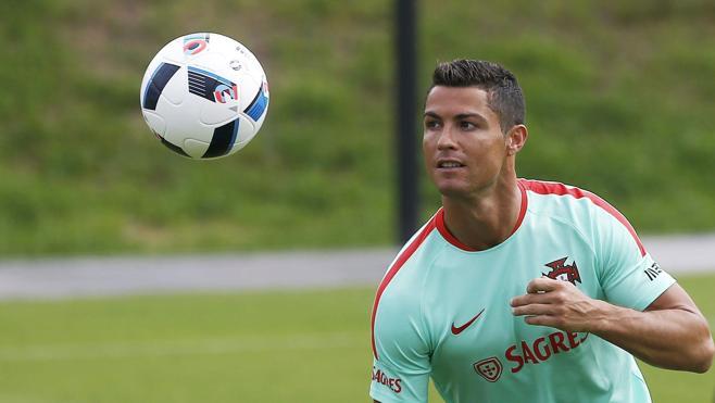 Cristiano Ronaldo: «Portugal va a ganar grandes cosas»