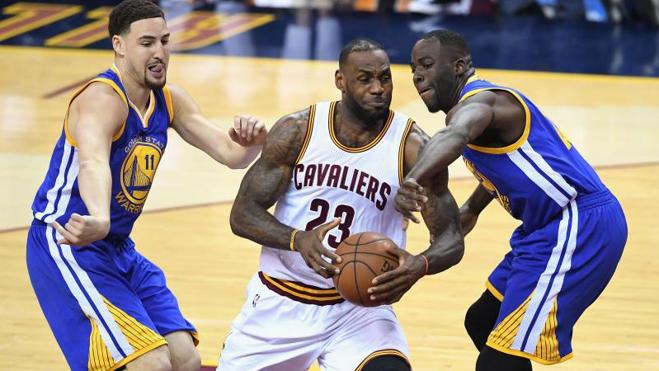 LeBron y los Cavaliers desactivan a los Warriors