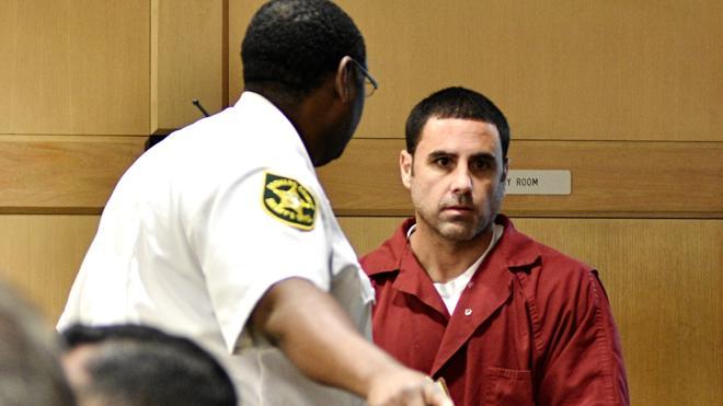 Ibar comparece ante el nuevo juez de su caso, que quiere agilizar el juicio